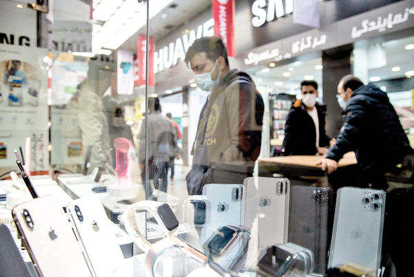 ریزش مکرر در بازار موبایل