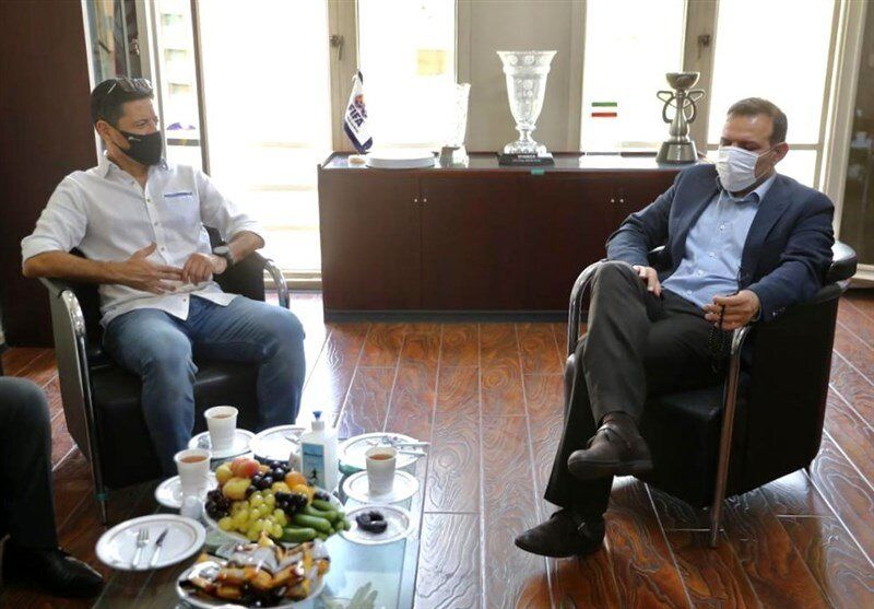 جلسه فغانی و عزیزیخادم قبل از دربی/عکس