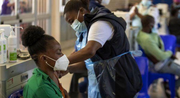 ارسال ۳.۵ میلیارد دوز انواع واکسن کرونا به کشورهای فقیر جهان