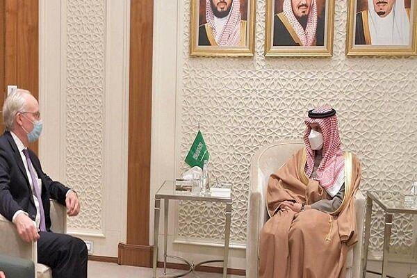 وزیر خارجه سعودی با فرستاده آمریکا در امور یمن دیدار کرد
