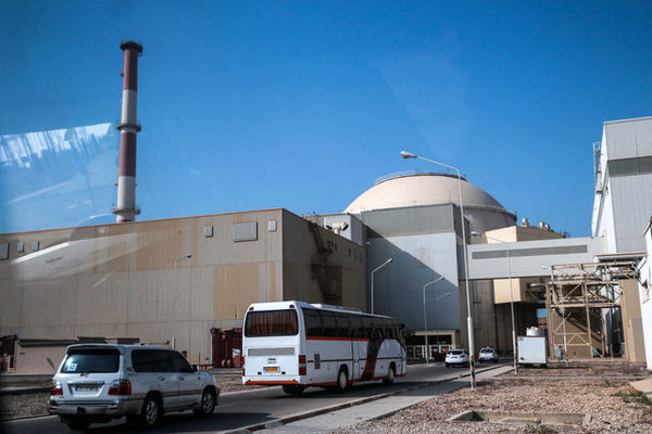 بازدید اعضای کمیسیون انرژی مجلس از نیروگاه اتمی بوشهر