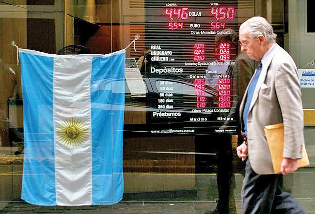 تانگوی آرژانتین با انباشت بدهیها