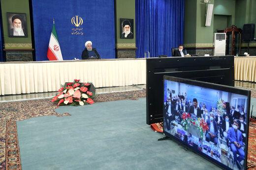 روحانی: شنبههای مقاومت و پنجشنبههای تولید را به دشمن نشان میدهیم/ در حال عبور از پیک کرونا هستیم