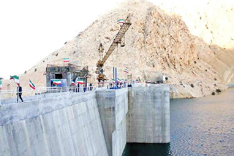 اجرای 999 طرح آب و برق در خوزستان