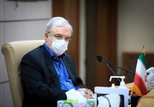 وزیر بهداشت: نیامده ایم که برای صندلی هایی نشانه برویم بلکه آمده ایم برای فناشدن