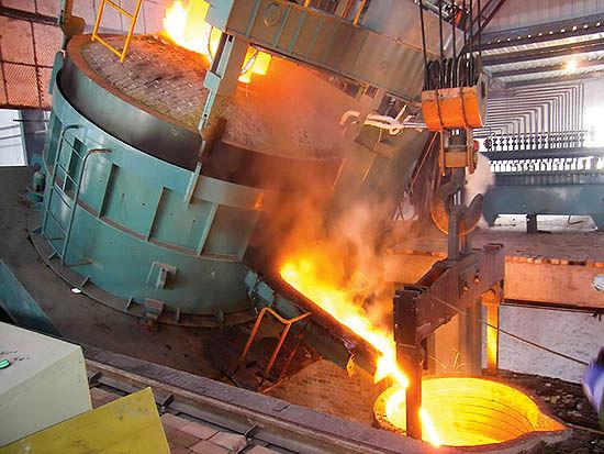 سایه مشکلات بازار فولاد بر مواد نسوز
