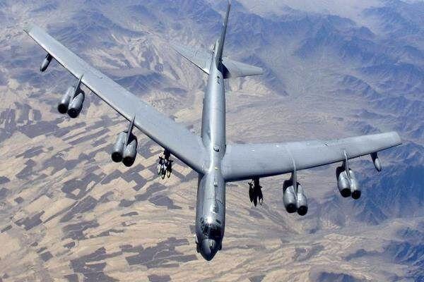 بمب افکن های آمریکایی در راه افغانستان