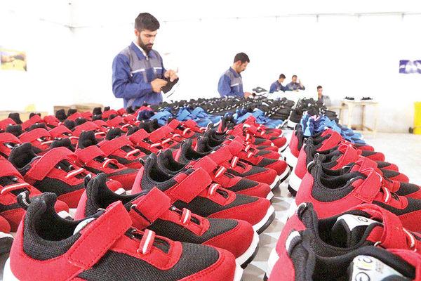 تولید مشترک کفش با برندهای خارجی
