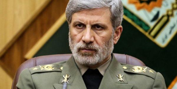 وزیر دفاع: هیچ جنایت و تروری را بی پاسخ نمیگذاریم