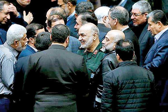 جلسه غیرعلنی مجلس با فرمانده سپاه