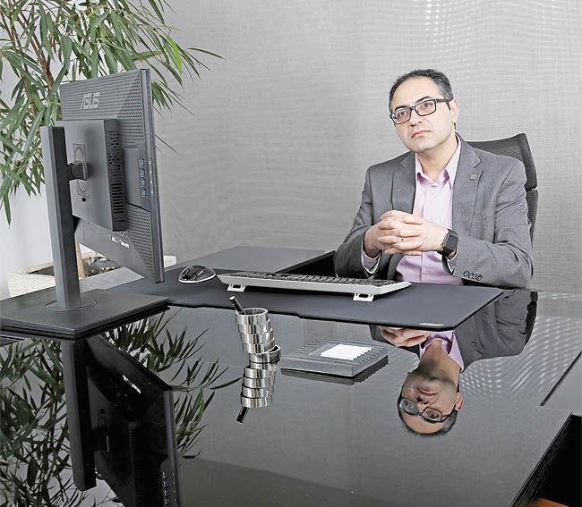 تجربهی همکاران سیستم در عرضهی نرمافزارهای بربستر ابر