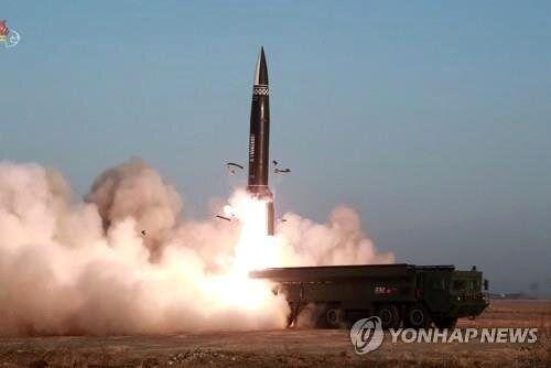 کرهشمالی برای پرتاب موشک آماده میشود؟