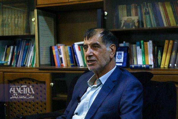 استدلال احمدی نژاد برای تغییر وزرایش از زبان باهنر
