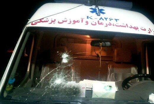 حمله اراذل به آمبولانس با قمه و شمشیر