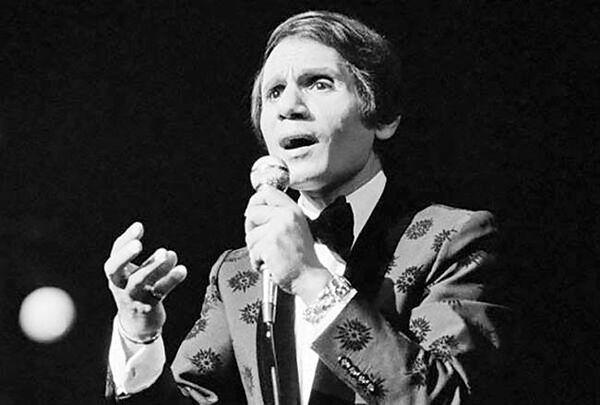 کنسرت خواننده ۴۰ سال پس از مرگ