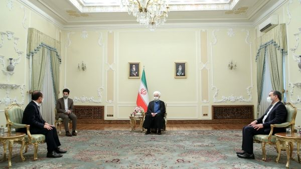 روحانی: استفاده ایران از ذخایر مالی خود در بانکهای کرهجنوبی حق واضح ماست