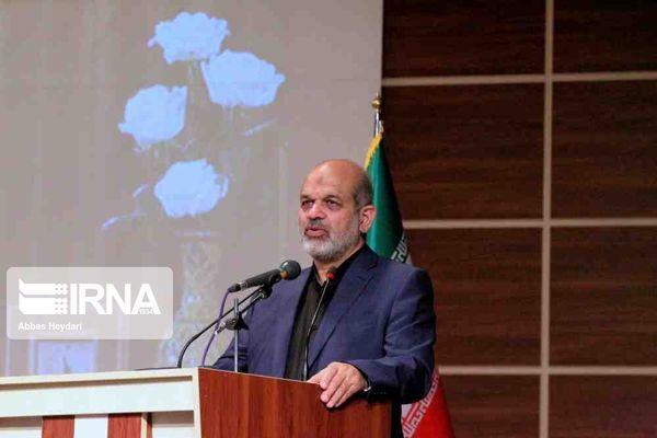 وزیر کشور: زائران ایرانی اربعین هنگام بازگشت باید تست PCR بدهند