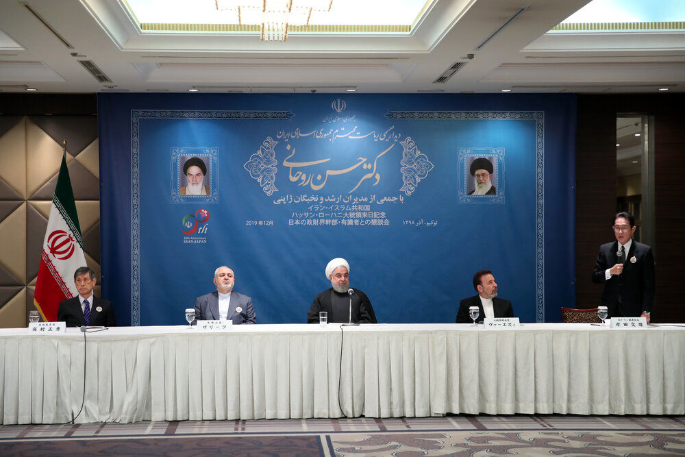 روحانی: آمریکا ناچار است راه بدون خاصیت تحریمها را رها کند/ درهای ایران به روی شرکتهای ژاپنی باز است