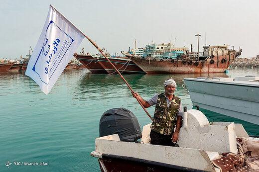 ناوسالار امیرنژاد: دشمن با ماجراجویی در خلیج فارس خوراک کوسهها میشود