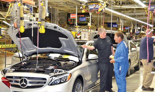بهبود سود خودروسازی دایملر  به کمک بازار چین