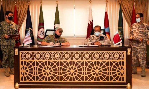 امضای قرارداد جدید نظامی قطر و آمریکا
