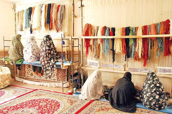 حمایت بیمه ایران از قالیبافان و فرش دستباف ایرانی