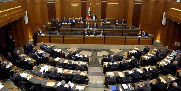 پارلمان لبنان به کابینه جدید رأی اعتماد داد