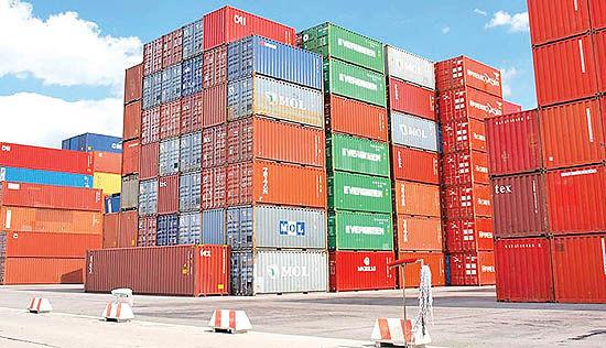 سهم 50 درصدی دولتیها از واردات کالاهای اساسی