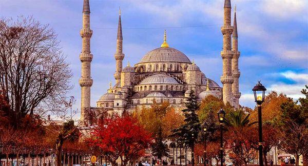 چرا استانبول یکی از مقاصد محبوب گردشگری در جهان است؟