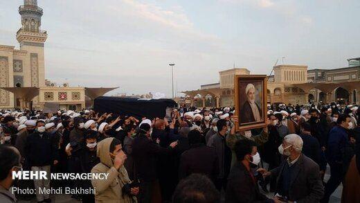 نخستین تصویر از مراسم تشییع پیکر آیت الله یزدی