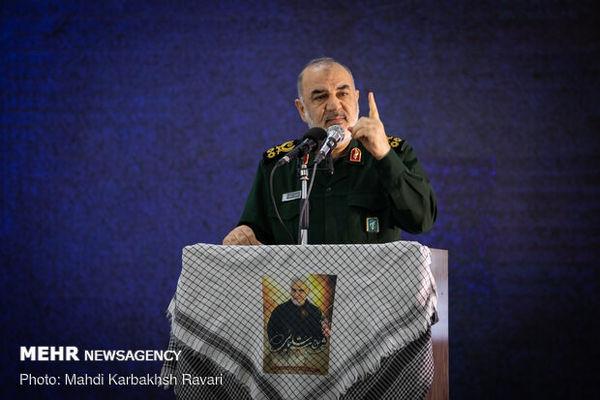 سردار سلامی: در عرصه سازندگی متوقف نخواهیم شد