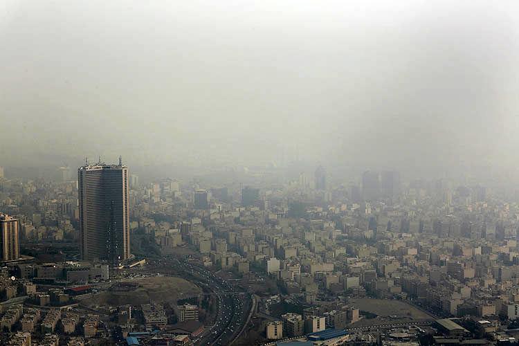 وضعیت قرمز در آسمان تهران