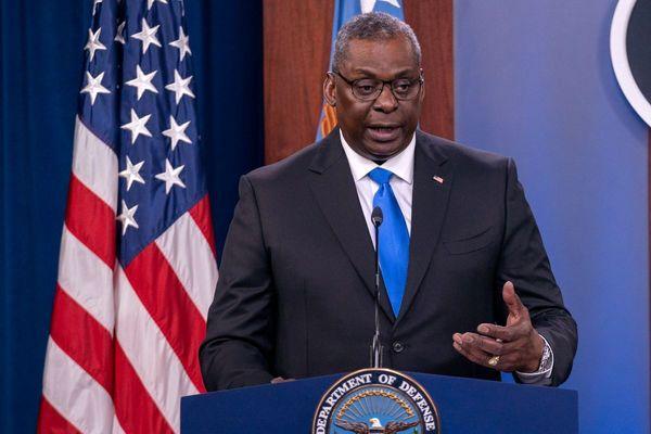 وزیر دفاع آمریکا: درحال برقراری ارتباط با طالبان هستیم