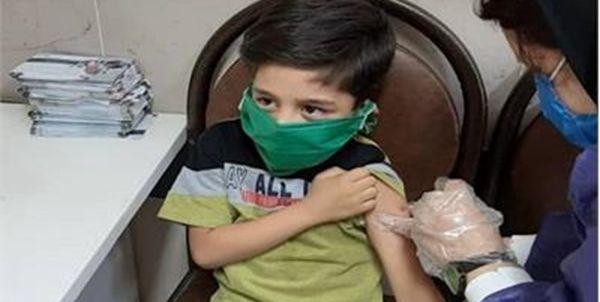 خبر مهم وزیر بهداشت درباره واکسیناسیون دانشآموزان