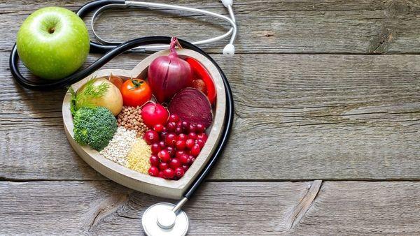 با این مواد غذایی سن قلب تان را پایین بیاورید