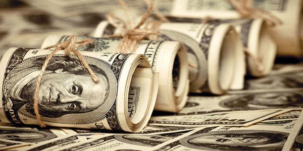 دلار وارد کانال ۲۲ هزار تومان شد