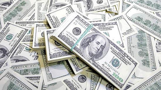 حمله بیاثر مالداران دلار