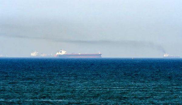 ادعای اسرائیل: دو خدمه کشتی مورد حمله در دریای عمان کشته شدند