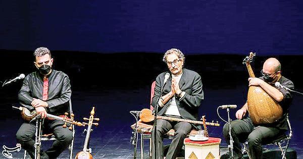 آواز اسطوره درسکوت
