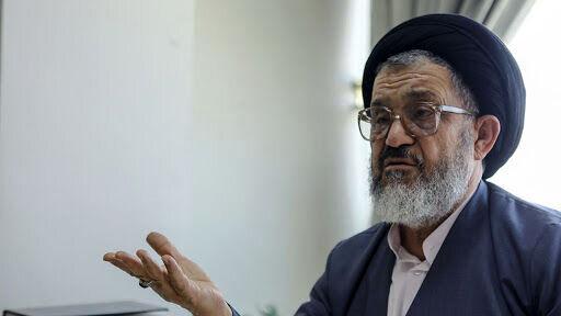 واکنش سید رضا اکرمی به حضور نظامیان در انتخابات ریاستجمهوری ۱۴۰۰