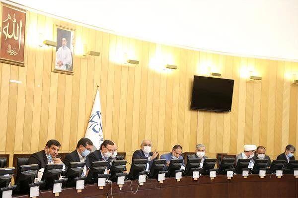 حاجی میرزایی به سوالات نمایندگان در کمیسیون آموزش پاسخ داد