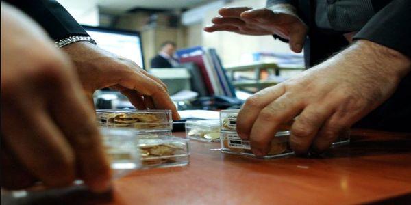 آخرین تحولات بازار طلا و ارز تهران/ عرضه دلار دوبرابر شد