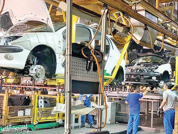 افت ماهانه و رشد سالانه تولید خودرو