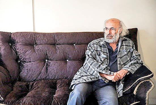 تلاش کیانوش عیاری برای هشدار  به مسوولان درباره زلزله