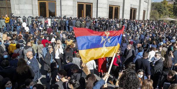 تظاهرات چند هزار نفری در «ایروان» علیه پاشینیان
