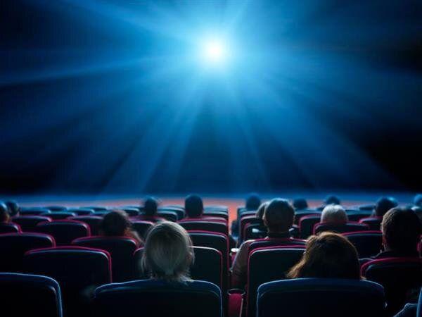 سینماها و تئاترها بازگشایی شدند