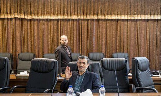 هاشمی: تنها رهبری میتوانند احمدی نژاد را اخراج کنند