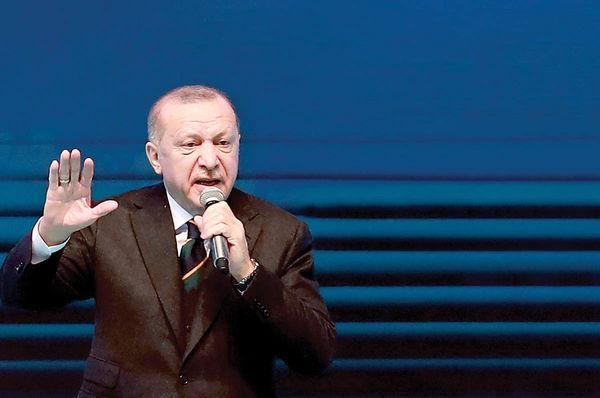 اردوغان حرف میزند لیر سقوط میکند
