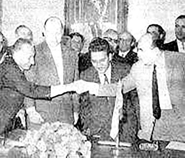 رازهای قرارداد احداث  کارخانه ذوبآهن با شوروی
