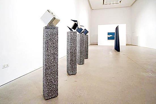 آثار هنرمند ایرانی در گالری لیلا هلر دوبی